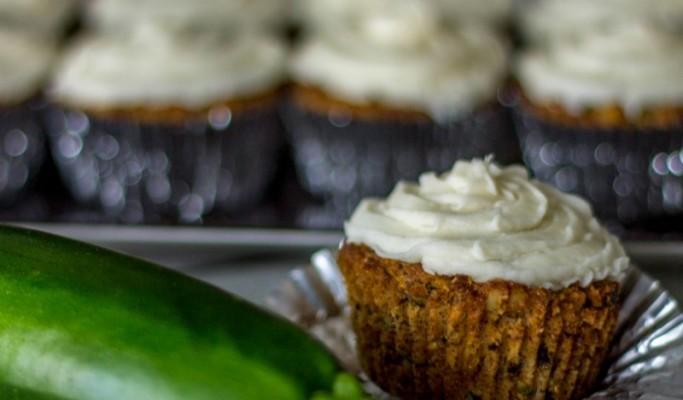 low-carb-gluten-free-zucchini-cupcakes-recipe-683x1024